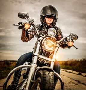 8126e5b340c7 Motorcycle Riding Glasses vs Goggles: Which Should You Wear ...